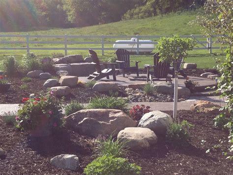 Landscape Rock Hudson Wi Boulderscapes Hudson Wi Lawn Care Services