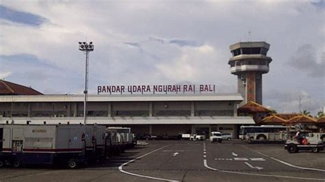 airasia ngurah rai airport penerbangan airasia menuju bali sudah beroperasi