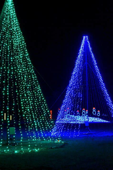 meadow event park christmas lights illuminate light show rtd tacky lights caroline va