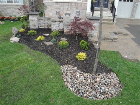 river rocks for landscaping river landscaping ideas www pixshark images galleries with a bite