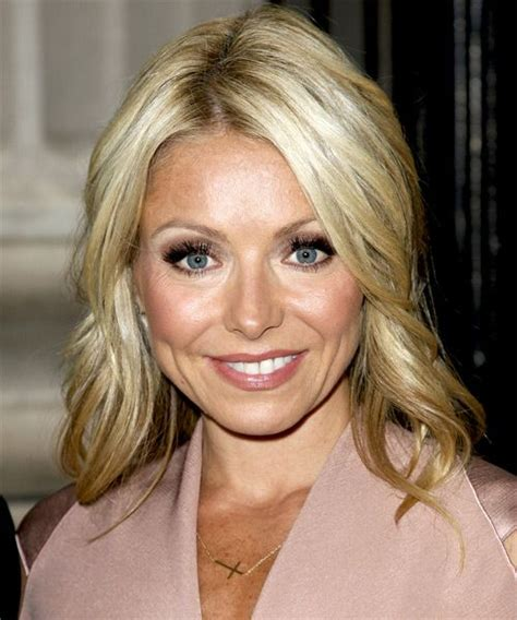 kelly ripa medium straight casual hairstyle medium 97 best images about kelly is ripa on pinterest kelly