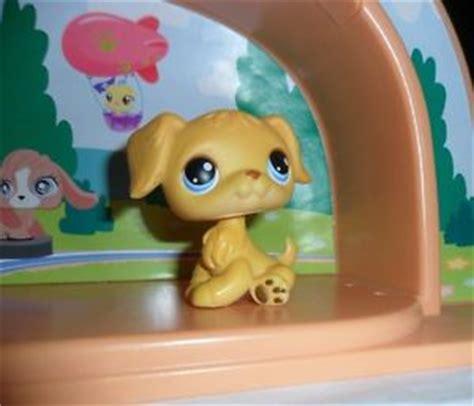 lps golden retriever ebay littlest pet shop golden retriever puppy lps 21 2004 ebay