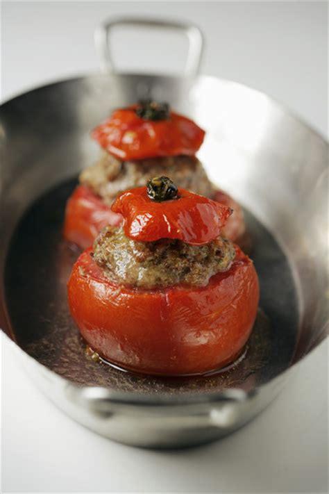 cuisiner morue sal馥 tomates farcies 224 la morue pour 4 personnes recettes