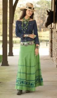 Western Wardrobe by 1000 Ideas About Southwest Fashion On Tribal