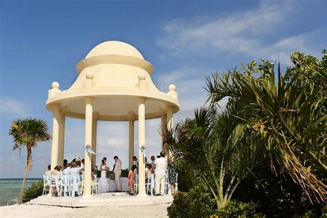Riviera Maya Wedding at Grand Palladium   Monica and Ryan
