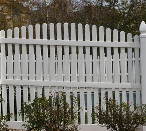 vinyl fencing company the american fence company vinyl fencing 560 vinyl 6 overscallop picket 2