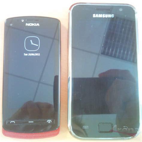Nokia N300 Touchscreen Layar Sentuh zona inormasi teknologi terkini harga dan spesifikasi