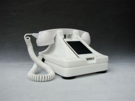 iretrofone  retro iphone handset dock dailymilk