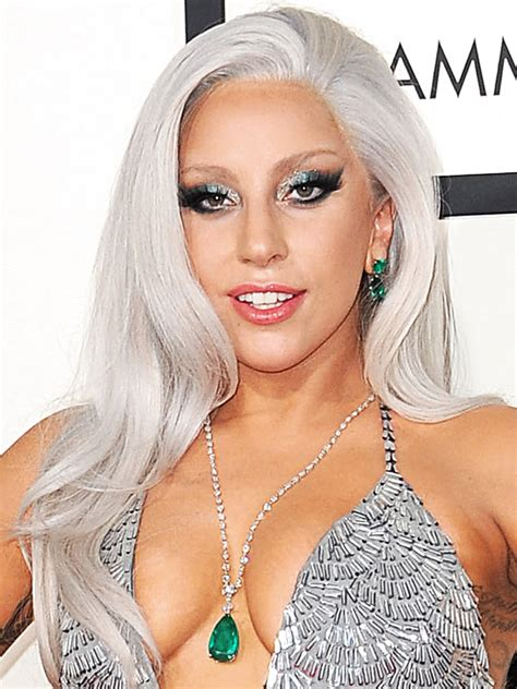 biography lady gaga short lady gaga photos and pictures tv guide