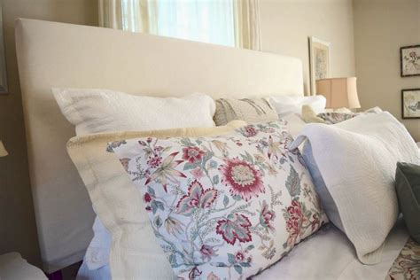 Diy Cloth Headboard by Hometalk Diy Upholstered Drop Cloth Headboard