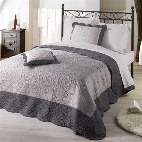 la redoute dessus de lit couvre lit 220 x 240 cm matelass 233 anthracite couvre lit boutis eminza