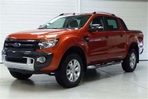 ford ranger 3 2 tdci 4x4 200 wildtrak couvre benne occasion voitures d occasion toutes marques