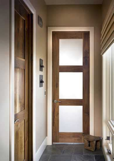 33 modern interior doors creating stylish centerpieces for