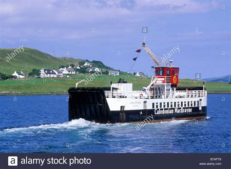 boat transport scotland caledonian macbrayne ferry to isle of raasay from skye