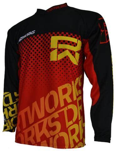 Kaos Papua Kode P2 Aku Papua 07 jersey sepeda dirtworks throne merah jual baju jersey celana sepeda mtb