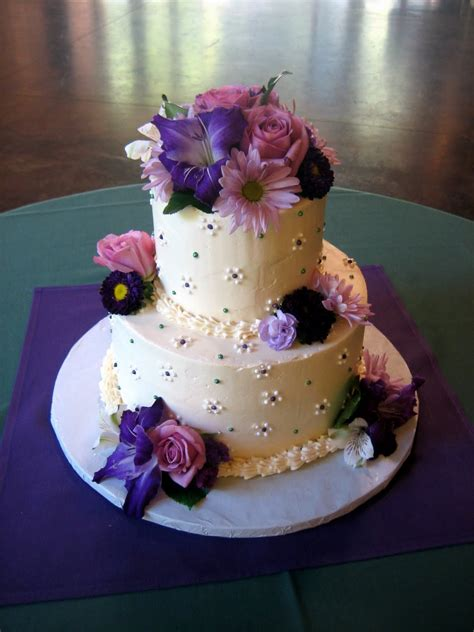 jillicious discoveries three purple wedding cakes