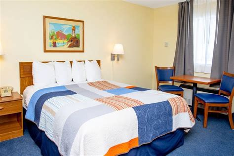 theme hotel branson mo grand country waterpark resort in branson hotel rates