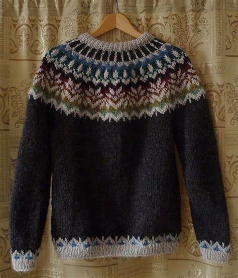 icelandic pattern jumper 40 best lopapeysur images on pinterest knitting patterns