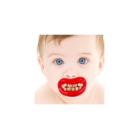 bicchieri storti ciuccio denti storti
