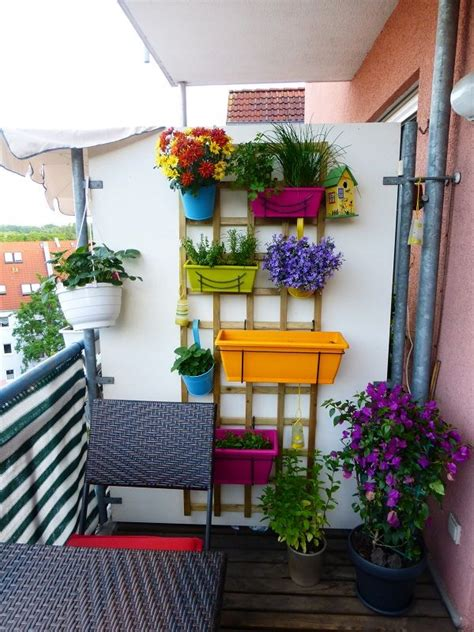 vertical balcony garden ideas apartment balcony