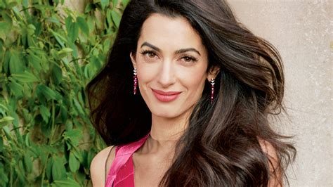 amal clooney hair extensions is amal clooney hair one length amal clooney s vogue cover