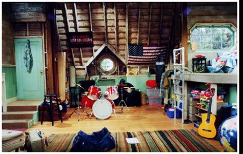 and josh bedroom and josh bedroom and josh photo 36661435 fanpop