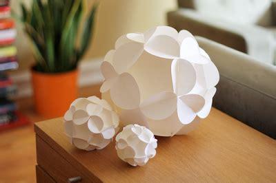 tips membuat bunga dari duit kertas membuat hiasan bunga dari kertas all about handycraft