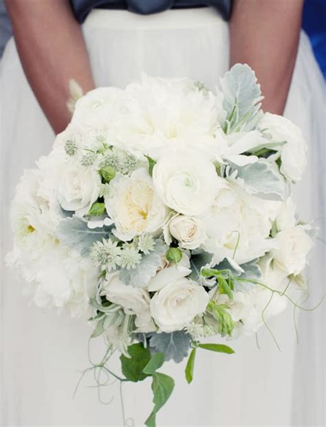 Rb Cameli Dusty Black and pearl white bouquet with dusty miller