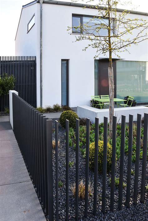 einfahrt gate designs holz 1000 ideen zu einfahrt auf zufahrten