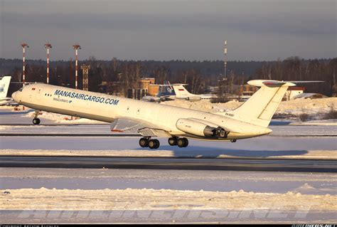 ilyushin il 62mgr manas air cargo aviation photo 4204635 airliners net