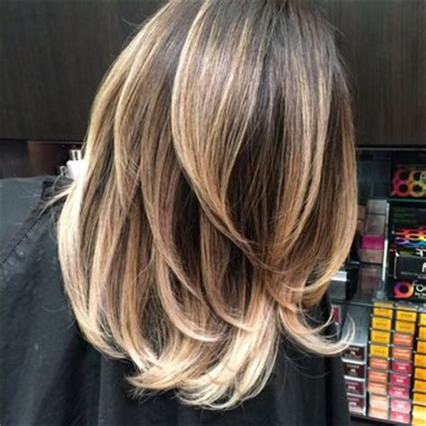 balayage medium length hair pictures to pin on pinterest shoulder length balayage on pinterest curl short hair