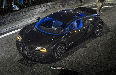 bugatti veyron supersport edition bugatti veyron super sport merveilleux edition in hong
