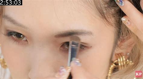 tutorial alis dengan eyeshadow tutorial makeup wajah 5 menit wanita jepang kawaii