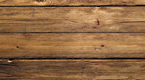 in legnio legno