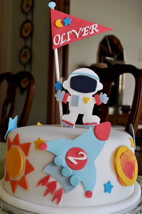 libro cakes in space 75 best images about astronaut space cakes on spaceships solar system and solar