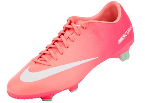 womens football shoes what a wants the instep