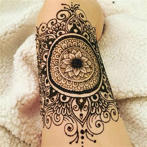 henna tattoo thigh 22 cool henna tattoo upper thigh makedes com
