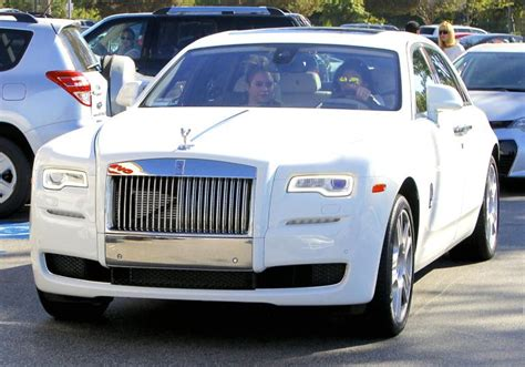 who owns kendall toyota jenner cars