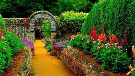 amazing gardens amazing garden bed landscaping gardening ideas