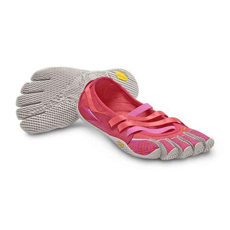 vibram five fingers s alitza shoe at moosejaw