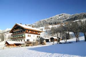 hotel esprit montagne is a rustic mountain hotel in les portes du soleil la chapelle d abondance
