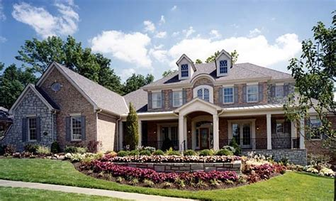 southern luxury house plans stately southern colonial house plan family home plans blog