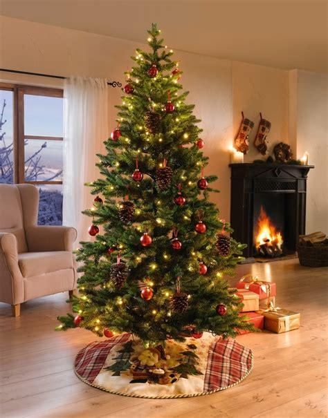 weihnachtsbaum mit ballen kaufen deko tannenbaum mit lichterkette