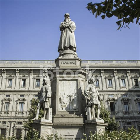 leonardo da vinci statue, milan stock photos freeimages.com
