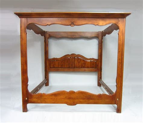 Ethan Allen King Size Bedroom Sets by Igavel Auctions Ethan Allen Cherry King Size Canopy Bed