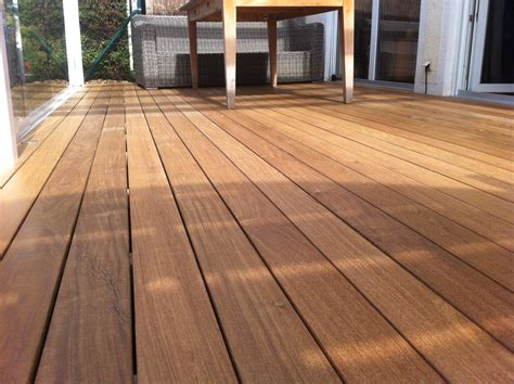 tropenholz für terrasse hartholzdielen f 252 r terrasse ipe holzterrasse verdeckt