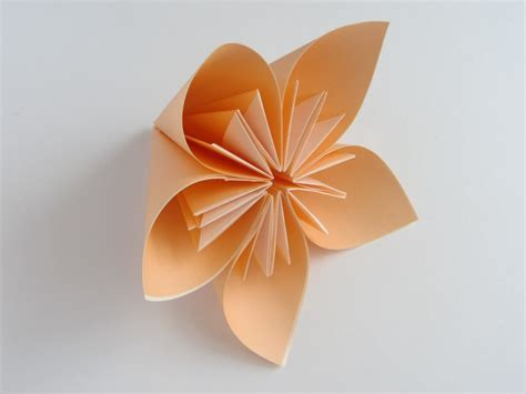 Japanese Flower Origami - free coloring pages origami kusudama flower