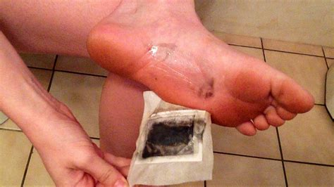 What S The Black From Foot Detox by Kinoki Detox Foot Pads
