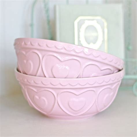 pink bowls 1000 ideas about pastel kitchen on countertop decor shaker style kitchen