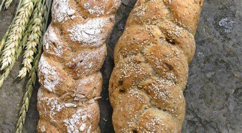 pane integrale in casa pane integrale fatto in casa la ricetta con sesamo e semi